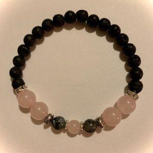 Rose quartz healing stone diffusing bracelet